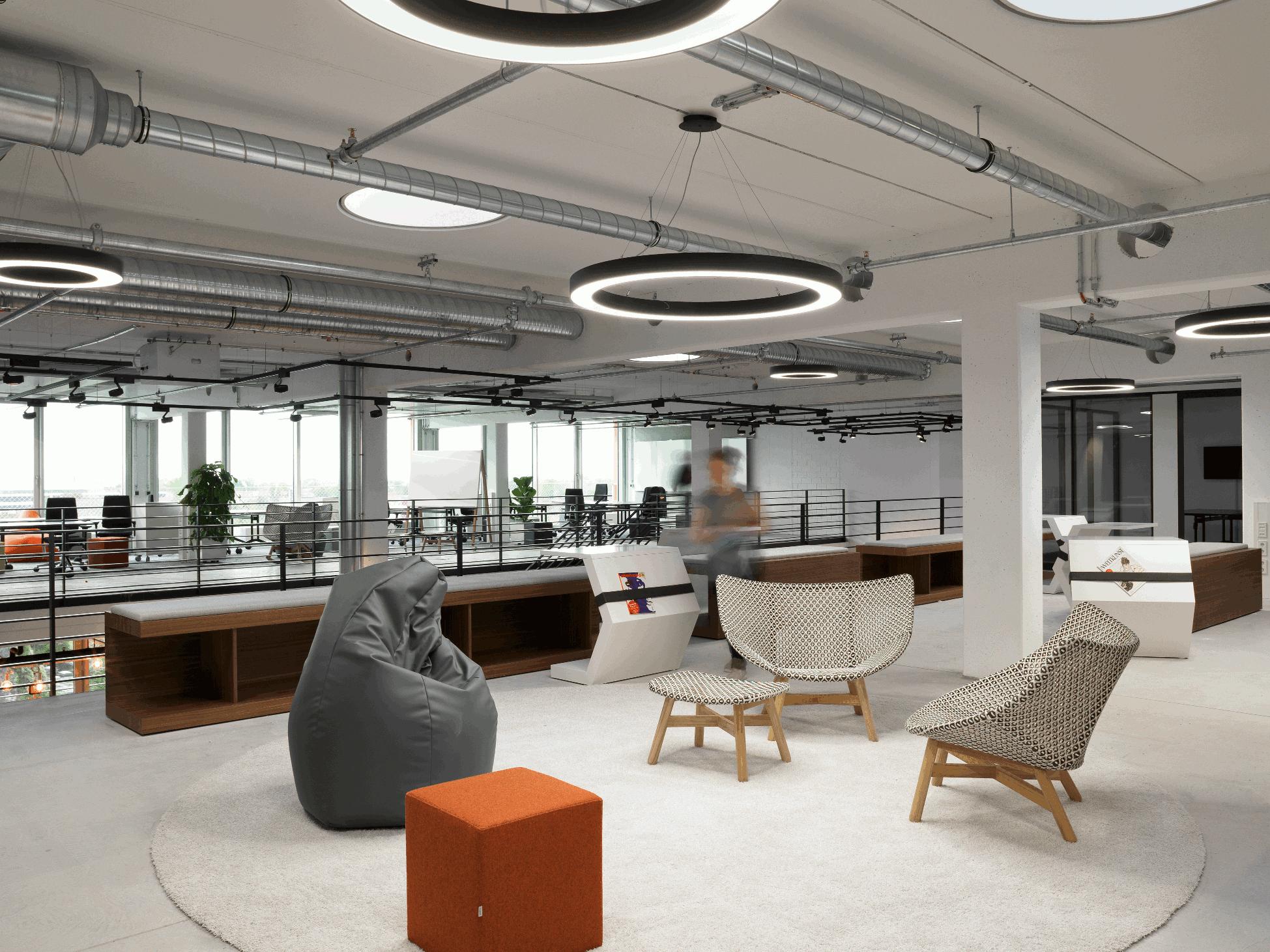 arbeiten im gro raumb ro das open space b ro als produktiver arbeitsplatz business. Black Bedroom Furniture Sets. Home Design Ideas